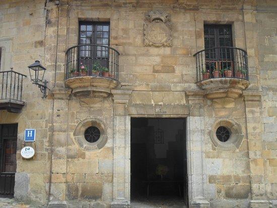 Hotel Don Paco: Вид входа в отель