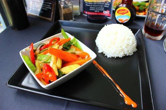 Two Chefs - Kamala Beach: plat végétarien