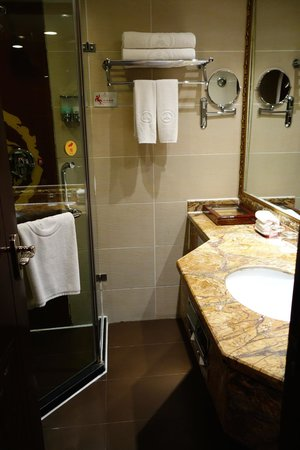 Chanwu Hotel : Bathroom