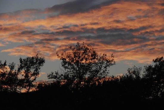 Agriturismo Il Felcino: tramonto improbabile