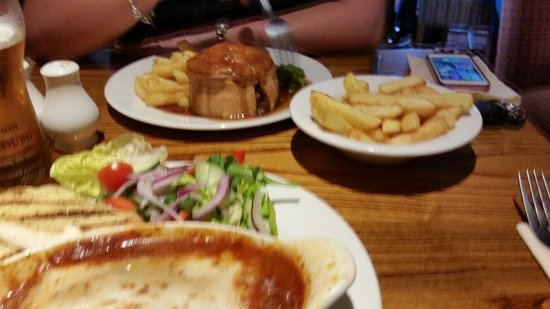 Golden Eagle: Steak and ale pie. Nice crusty pastry