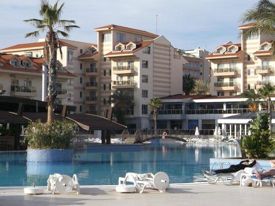 Grand Pearl Beach Resort: Главный корпус отеля