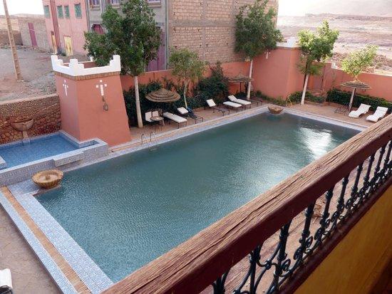 Hotel Kasbah Lamrani: Sehr kalter Pool