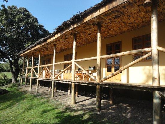 The African House: Zimmer mit Veranda