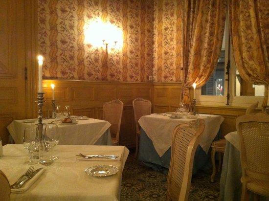 Une des salles ou nous avons d n picture of la salle a for La salle a manger salon de provence