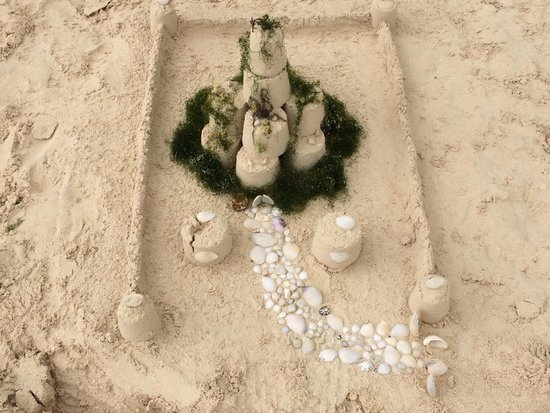 Our castle made of Jadestar sand
