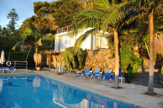 Quinta do Mar: Swimming Pool & Guest Pavilion
