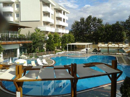 Club Mermaid Village: main pool