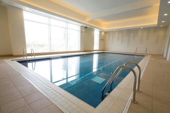 Hilton Reading Fitness Center and Pool