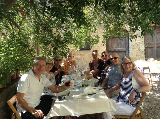 Mad About Tuscany: Lunch at the farm