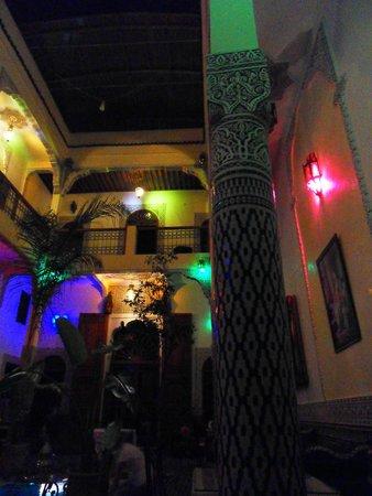 Riad Eleganza Fes: Le Riad le soir