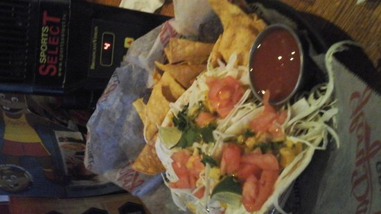 Glory Days Grill: Delicious Tacos & Chips