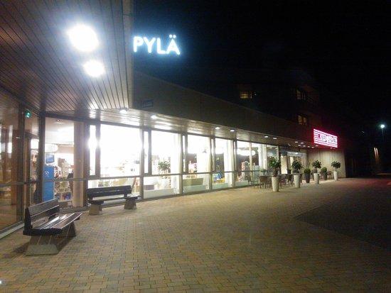 Siuntio, Finnland: The main entrance