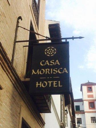 HOTEL CASA MORISCA: Entrance