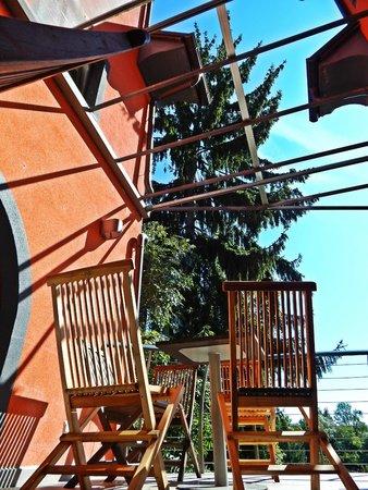 Cukrarna Hostel Kranj: Terrasse