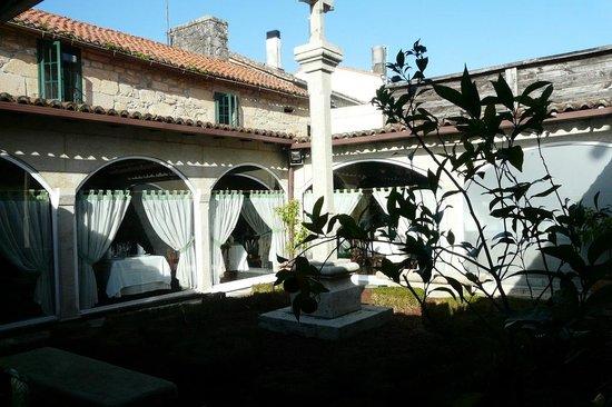 Hotel Casa Rosalia: Ovista del clustro
