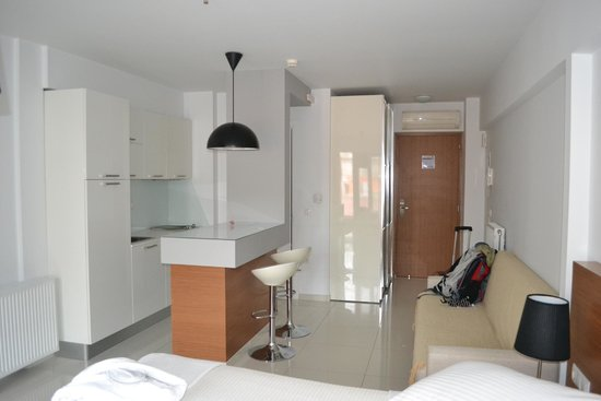 City Loft Boutique Hotel: View of the kitchenette