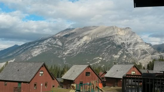 Banff Gate Mountain Resort: view from balocny