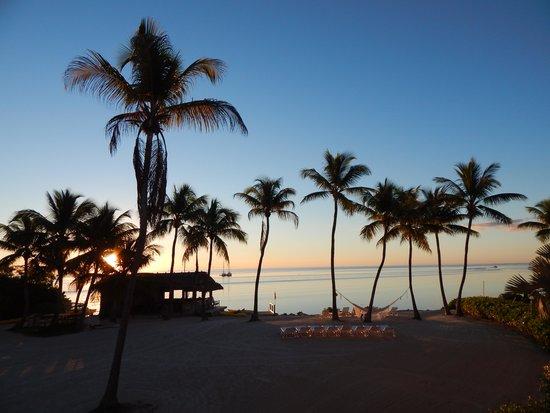 Chesapeake Beach Resort : Sunrise from room