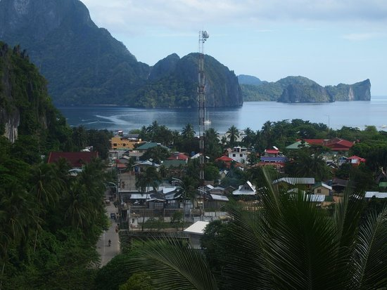 El Nido Viewdeck Inn: View from the terrace