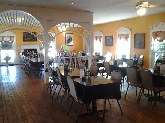 The Bulloch House Restaurant One Of Dining Rooms They Have Several