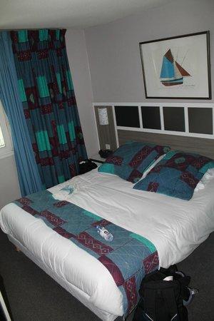 Comfort Hotel Aquamarina : Chambre