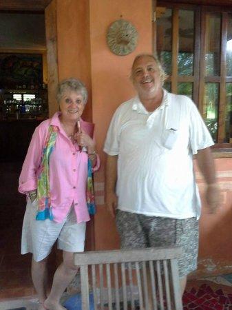 Mayan Beach Garden: Linda and owner Kim Bales part friends after political debate at dinner.