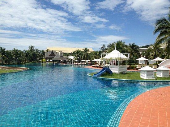 Sofitel Krabi Phokeethra Golf & Spa Resort : pool