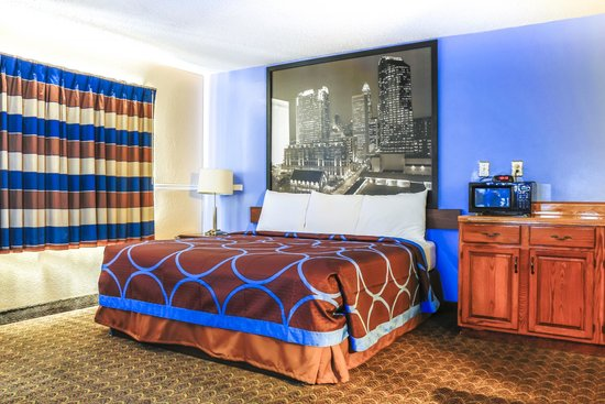 Two Double Beds At This Charlotte Hotel Near Pnc Music
