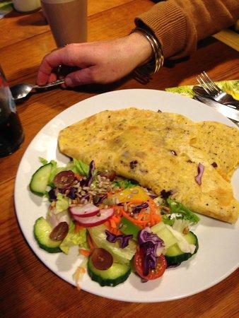 Calf Sanctuary Cafe: Chickpea omlette