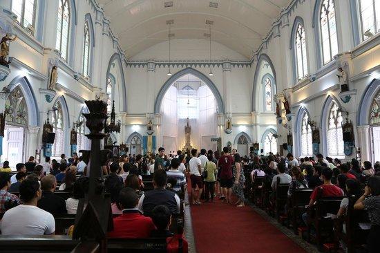 St Joseph's Church : Служба