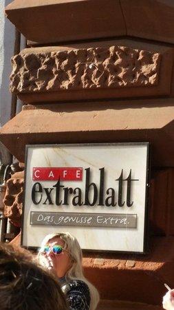 'Cafe Extrablatt' from the web at 'https://media-cdn.tripadvisor.com/media/photo-s/06/d3/d7/08/cafe-extrablatt.jpg'