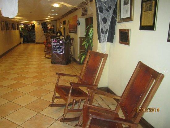 Little Havana Restaurant: deco2