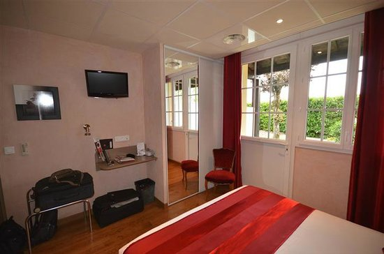 Hotel La Bonbonniere: room with private sitting place outside