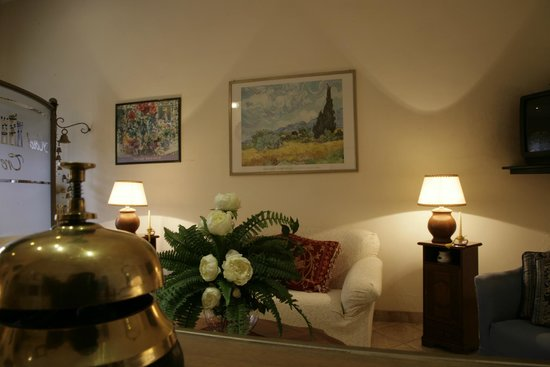 Hotel tre torri 2 for Tropical hotel ostuni