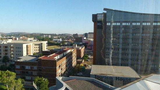 Holiday Inn Express Pretoria-Sunnypark: city