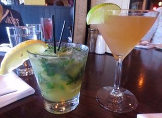 Johnny's Tavern : Fantastic specialty cocktails