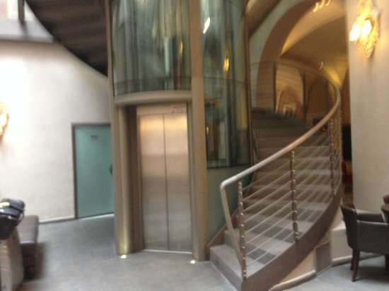 Attractive Borghese Palace Art Hotel: Hotel Elevator And Staircase In Lobby