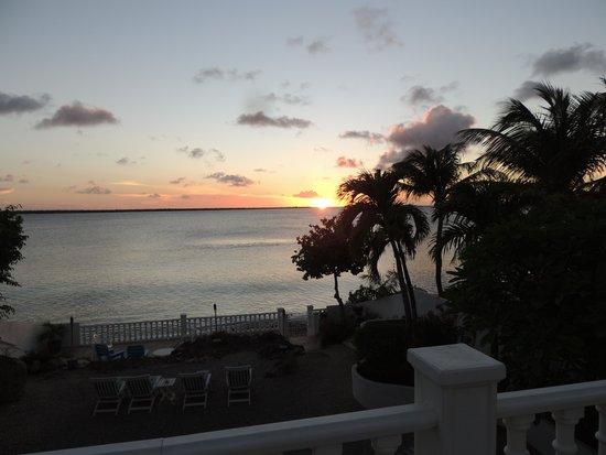 Hamlet Oasis Resort: Sunset from #11