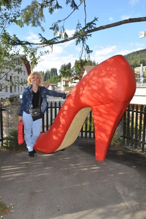 Hotel Kurhaus : The shoe that sits in the courtyard at the front of the hotel.