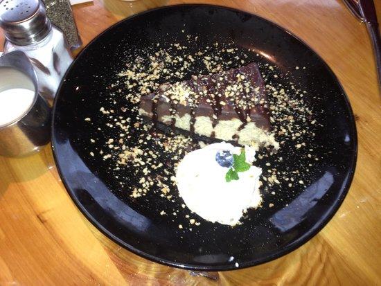 Callahan's Mountain Lodge Restaurant: Yum yum cheesecake