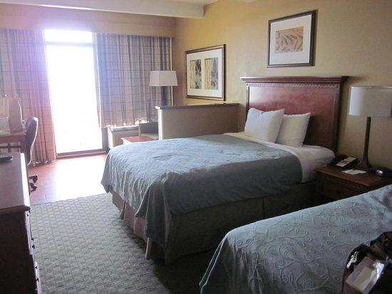 country inn u0026 suites by carlson virginia beach oceanfront 2 queen beds - Virginia Beach Suites Oceanfront 2 Bedroom