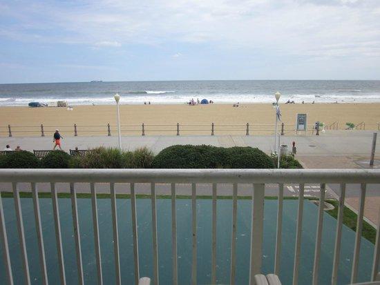 Country Inn Suites By Radisson Virginia Beach Oceanfront Va Balcony