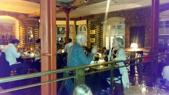Menier Chocolate Factory: Good food at the venue, show and meal all in one place
