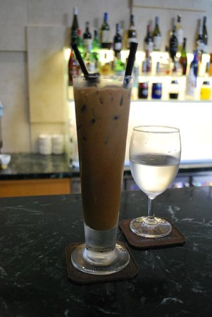 Paragon Saigon Hotel: Killer Iced Vietnamese Coffee from Lobby Bar