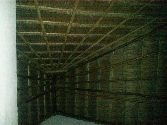 La Rana Cansada: High ceilings.