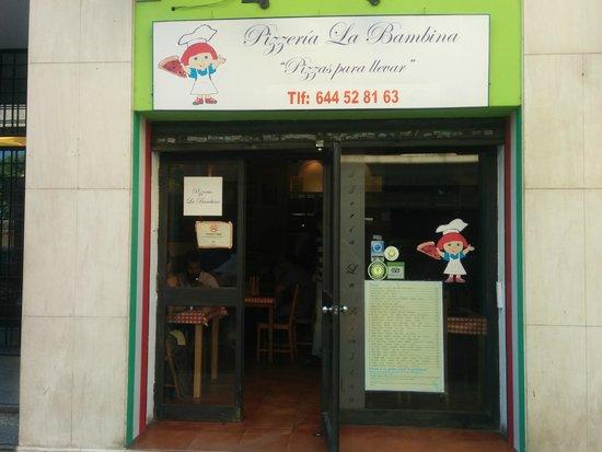 Pizzeria La Bambina: Storefront