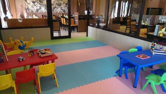 Horbourg Wihr, France: salle de jeux pour les enfants o top!!!