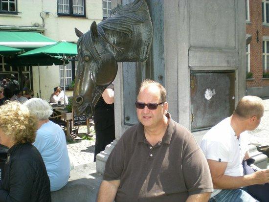 Vivaldi Restaurant: Outside the restaurant