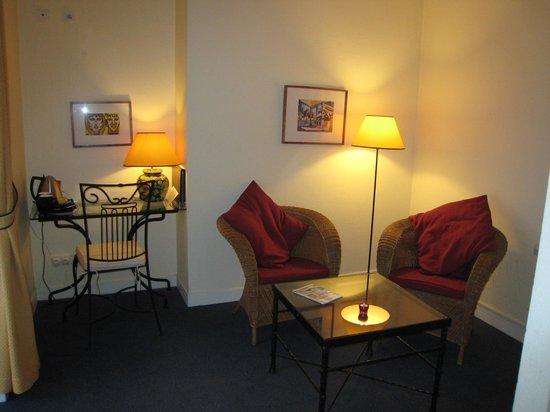 Hotel de Flore by HappyCulture : Mini suite
